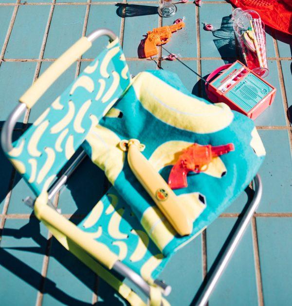 Banana_Chair_HAndtuch_Sonnenschirm.jpg