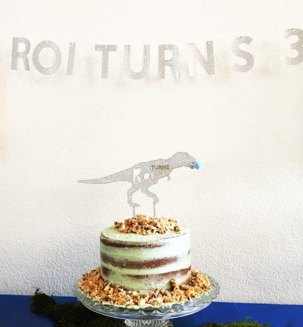Dinosaur_Roi_cake.jpg