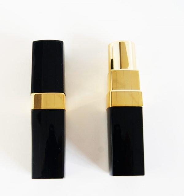 Lipstick_powerbank_front.jpg