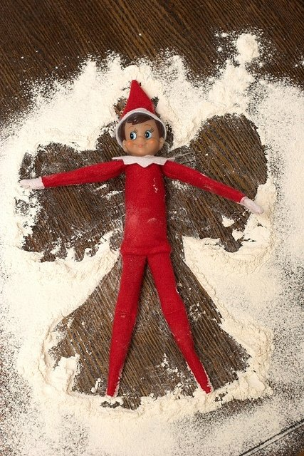 elf-on-the-shelf-ideas-16.jpg