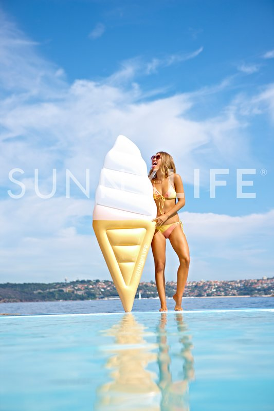 float-ice-cream-lifestyle.jpg
