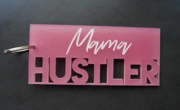 Mama_Hustler_rosa