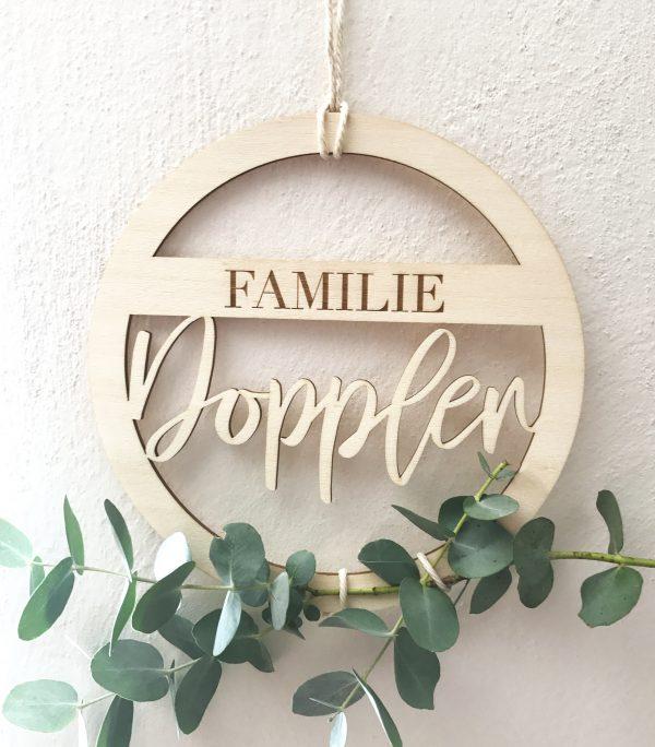 Holzkranz Greenery Familie_wand