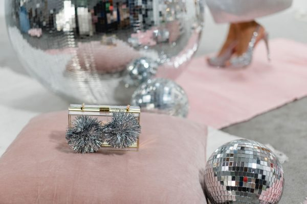 Bedazzling Clutch Metallic PomPoms 5