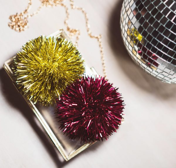 Bedazzling_CLutch_red_gold