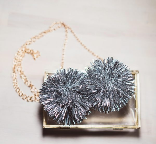 Bedazzling_Clutch_silber